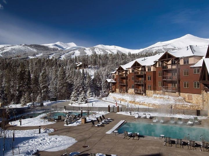 Half Off - Prime Colorado Ski lodging.  Save $$$