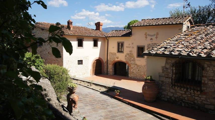 The laurels - Tuscan farmhouse with swimming pool - Rignano sull'Arno - Apartamento