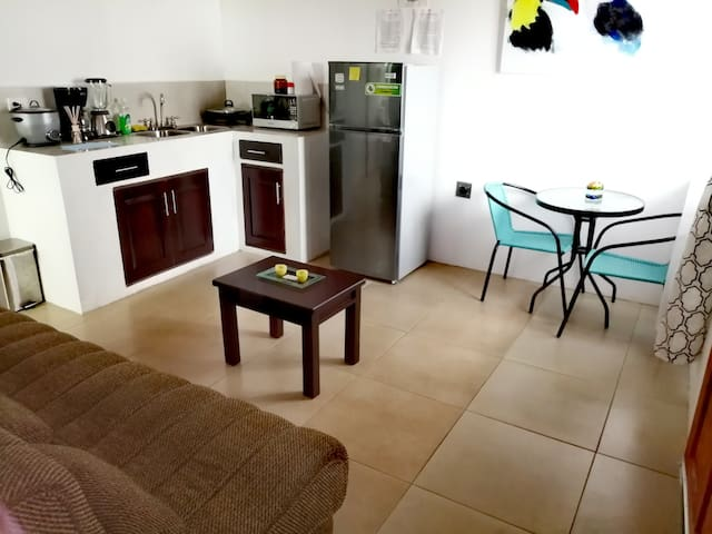 apartments available 24hrs near the SJO airport#1