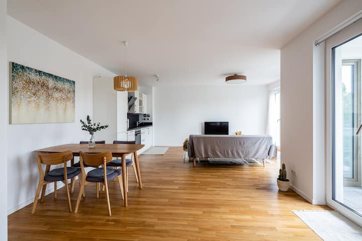 New apartment, long-term, minimum rental 3 months