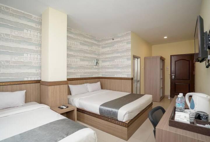Best Skip Hotel Ilir Timur - AFFORDABLE