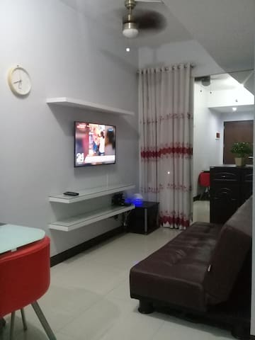 Fully furnished condo unit in Manhattan Parkview 1