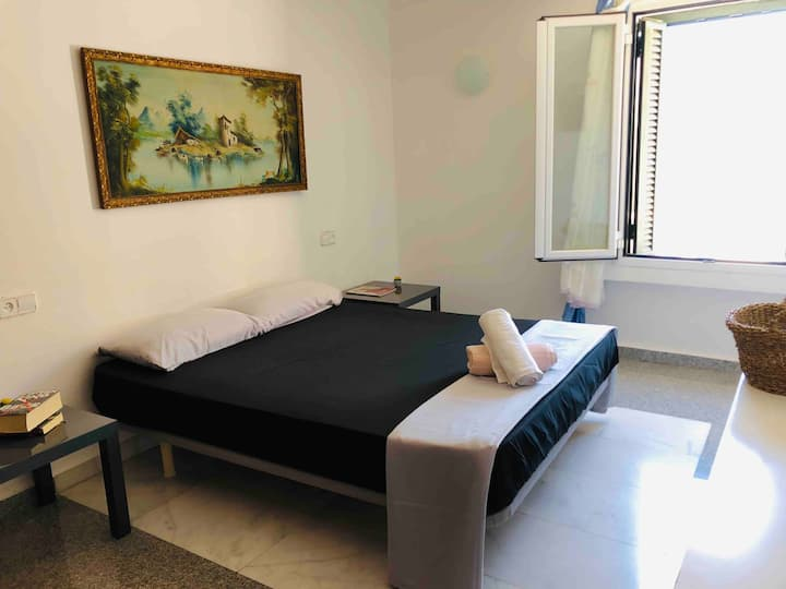 Big private spacious room with private bathroom
