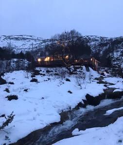 Fjellhytte - Dirdal - Blockhütte