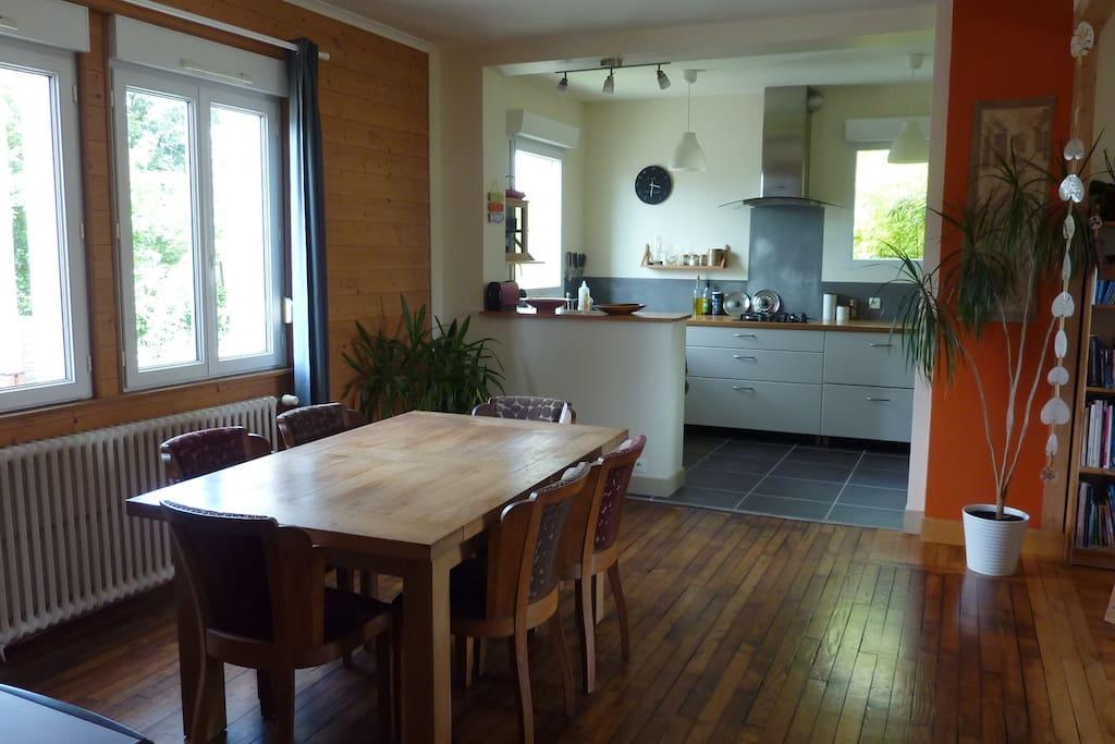 Maison tout confort au calme avec jardin houses for for Entretien jardin le relecq kerhuon