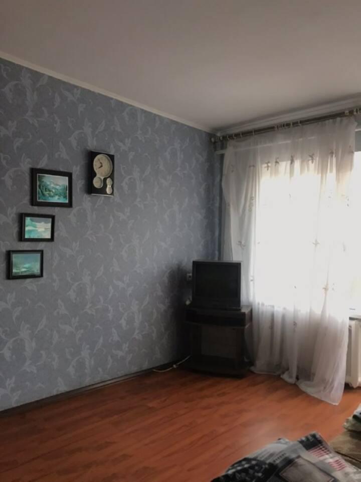 Уютная двухкомнатная квартира в самом центре)
