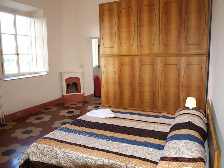 Apartment in countryside only 10min from center