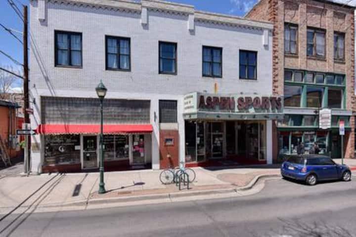 Aspen Apartments #304, Historic Downtown