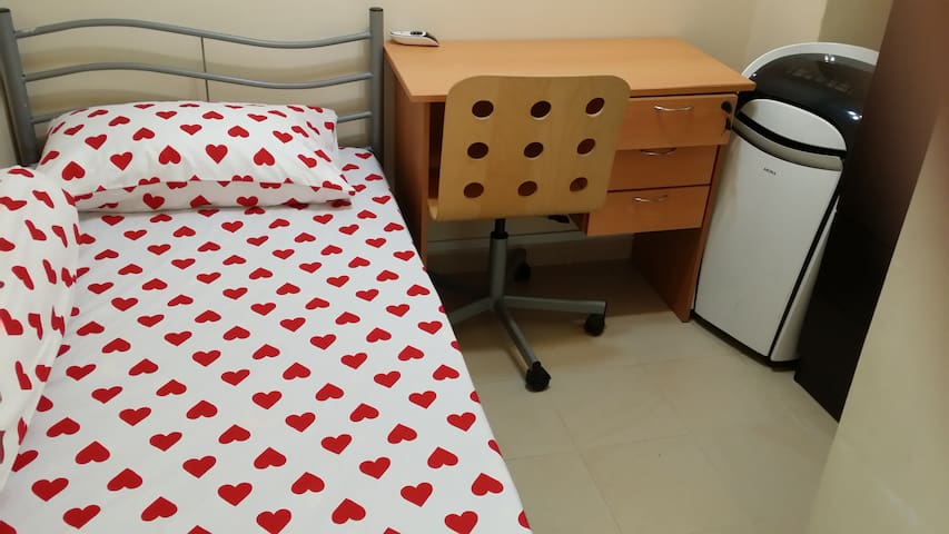 Single  Comfy Room For One Pax $24/day
