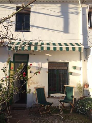 Habitación en ambiente artístico - El Masnou