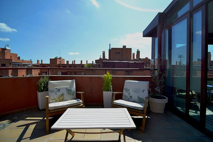 Nice Penthouse 10´ Madrid Center