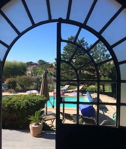 Cassis chambre-+ terrasse+ piscine - Carnoux-en-Provence