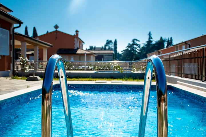Villas resort in Pula / Luxury villa with private pool 13J