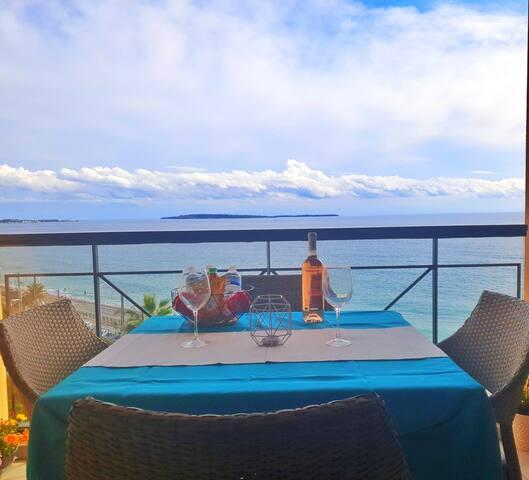 Cannes 180° Sea View☼AirCon☼Wifi☼sand beach 50m
