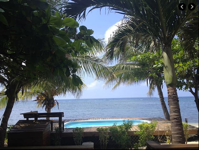 Beachfront Paradise on West Bay - West Bay - Casa
