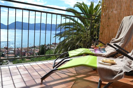 Houset with view on Lerici for 4 guest - Lerici - Byt