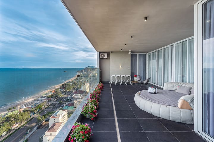 PENTHOUSE 4BR by The Sea in BaiSau Beach 31st Fl