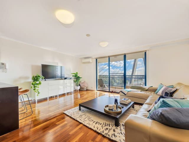 Magnificent 2 bed apartment with outstanding views
