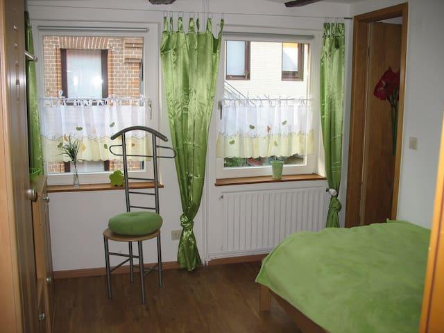 Einbettzimmer zwischen Hannover und Hildesheim - Sarstedt - Guesthouse