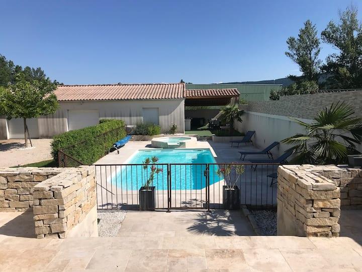 Villa tout confort proche Sisteron