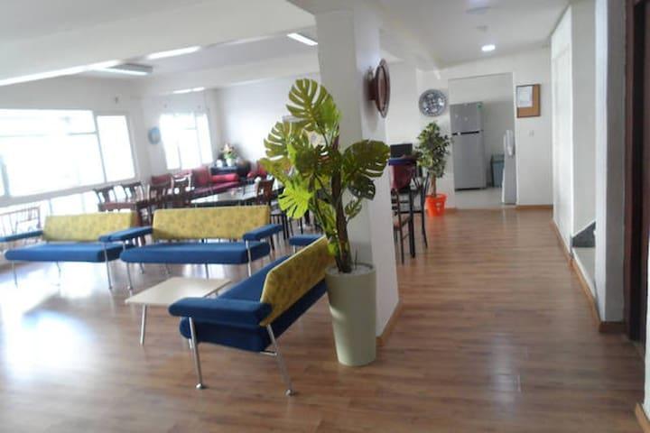 intl. Student Residence - Single Room A - ราบัต - หอพัก