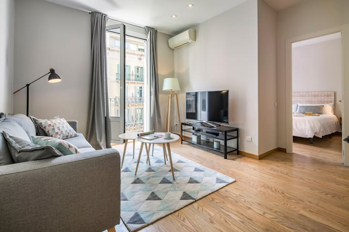 Modern 2 bedrooms, family stay!