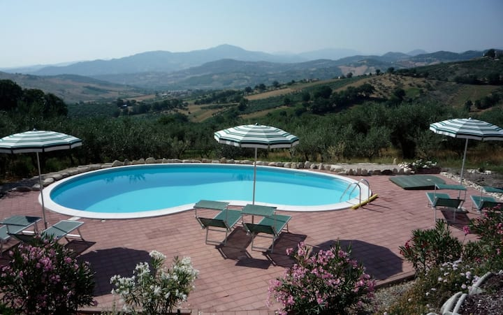 Private Self Catering Villa with Mountain Views