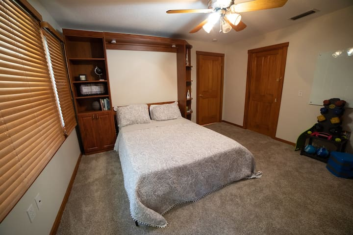 Restore Room: Doubles as an exercise room with equipment you are welcome to use!