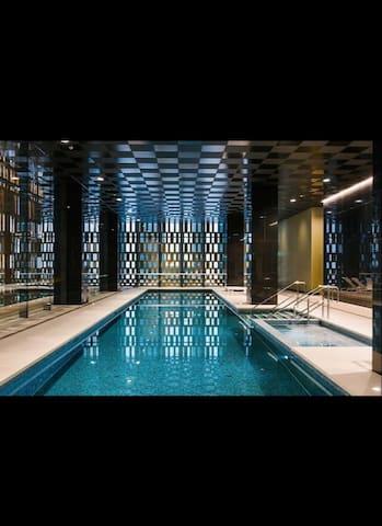 Close to CBD, private room + aircon + bathroom - Docklands - Lägenhet