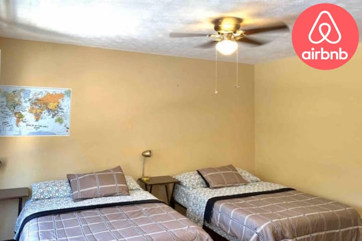 UGA  Cozy Room  In 5 Points Close Downtown