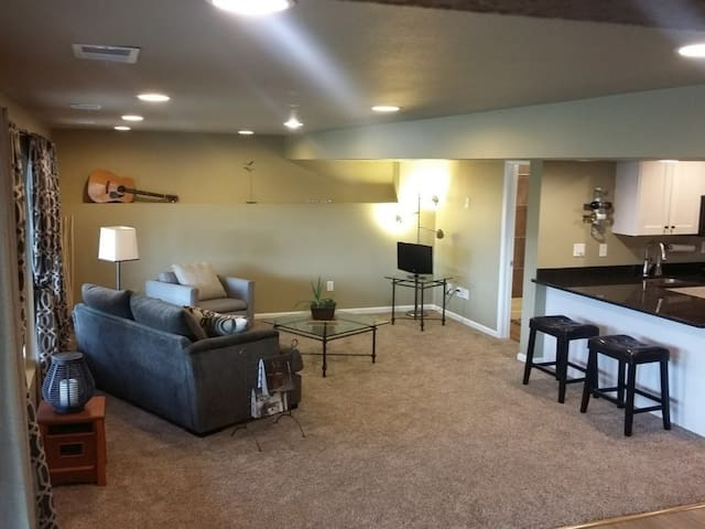 Quiet Guest Suite for Long Stay Professional