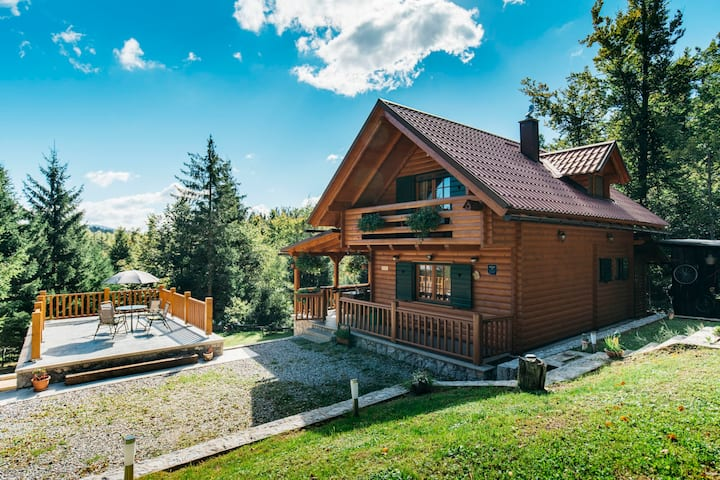 "Holiday house ""Jelena""- in the heart of nature"