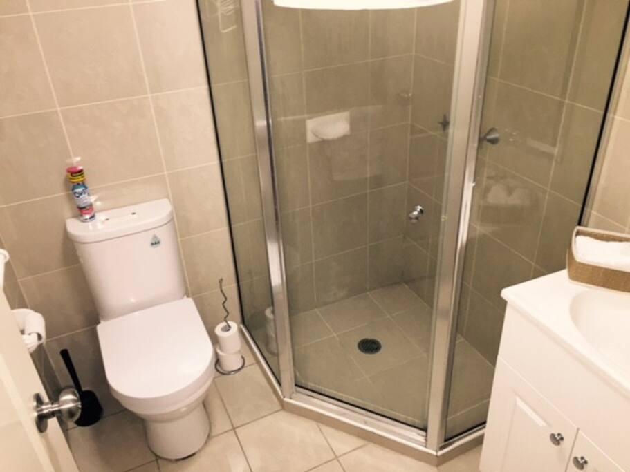 Private bathroom w/ toiletries supplied.