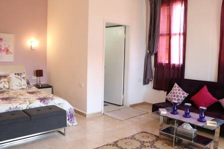 Osud guest house ( 4 - Lila )