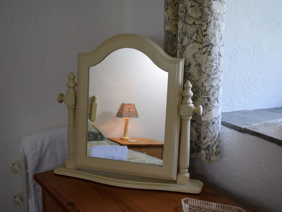 The Dressing Table in the Second Bedroom in Jasmine Cottage
