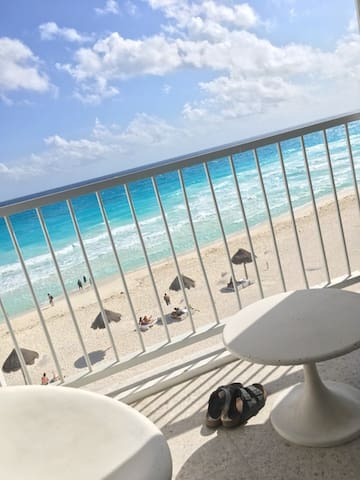 BEACH FRONT HEART - Cancun - Appartamento