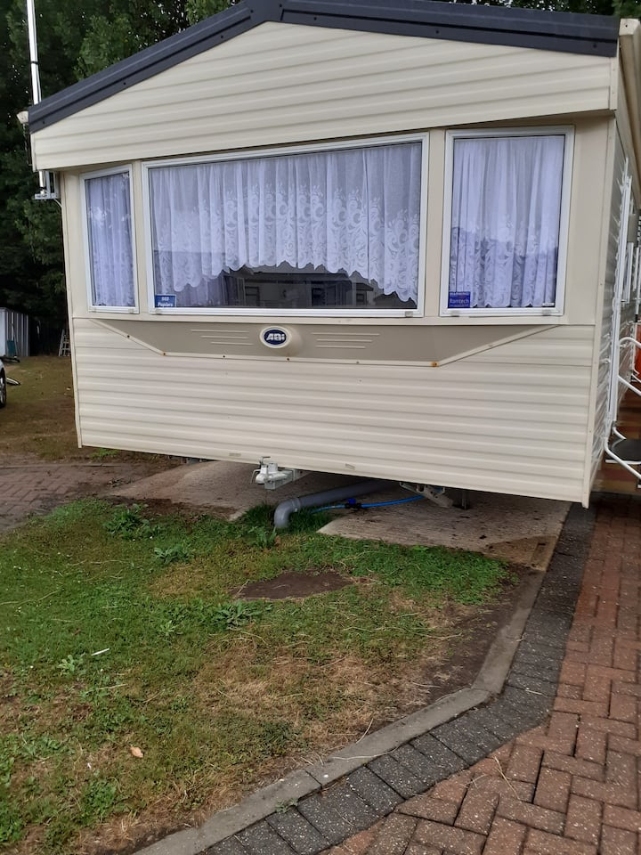 Top Caravan Park Clacton 3 bedroom for rental