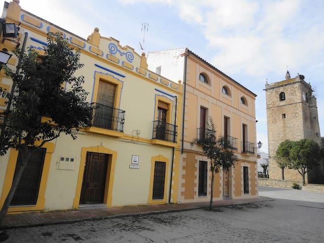 Casa rústica acogedora en centro de Extremadura