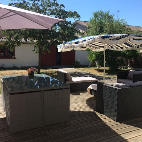 Agréable maison de ville avec jardin - Bordeaux - Huis
