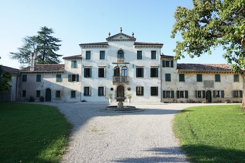 Villa veneta nella campagna Trevigiana