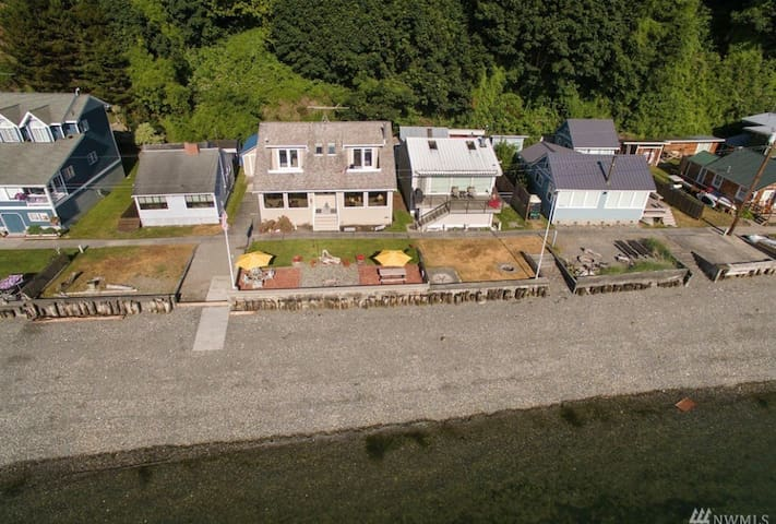 Arial view of beach home.