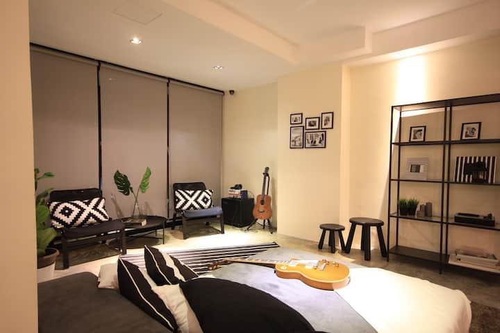 Ensuite Room in Bukit Damansara
