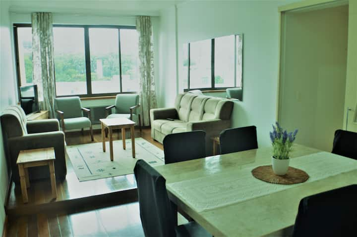 Stylish apartment in front of Total Mall, w garage