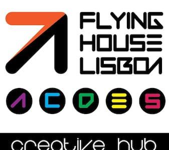 Flying House Lisboa - Loft next airport - Gate D - Prior Velho