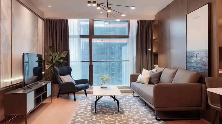 130平钱江新城豪华公寓两室套房/世包国际/近地铁