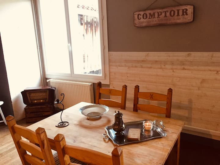Cozy-vintage Break apartment in Comminges !