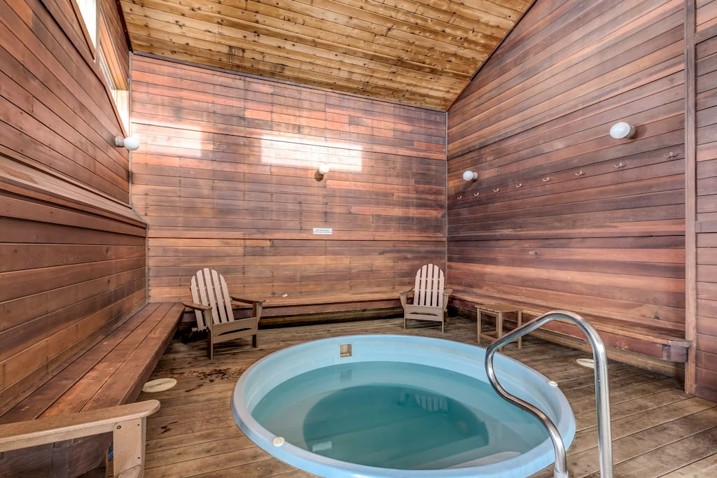 Shared indoor hot tub - perfect for after the slopes!