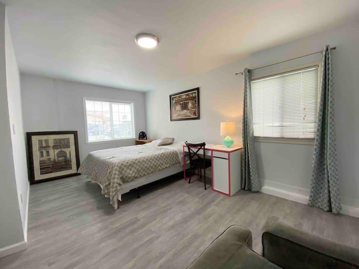 Spacious room x