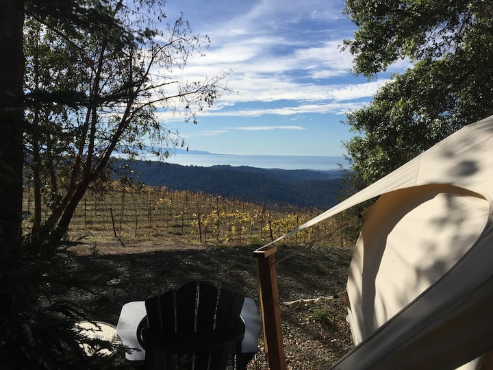 Lotus Yurt in Vineyard Overlooking Monterey Bay