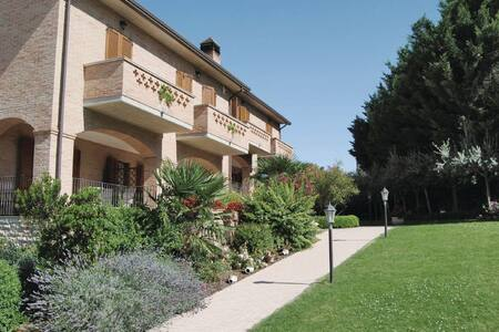 Collina d.Sagrantino/Cabernet - Montefalco PG